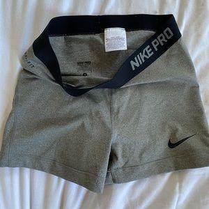 Nike pro spandex MEDIUM
